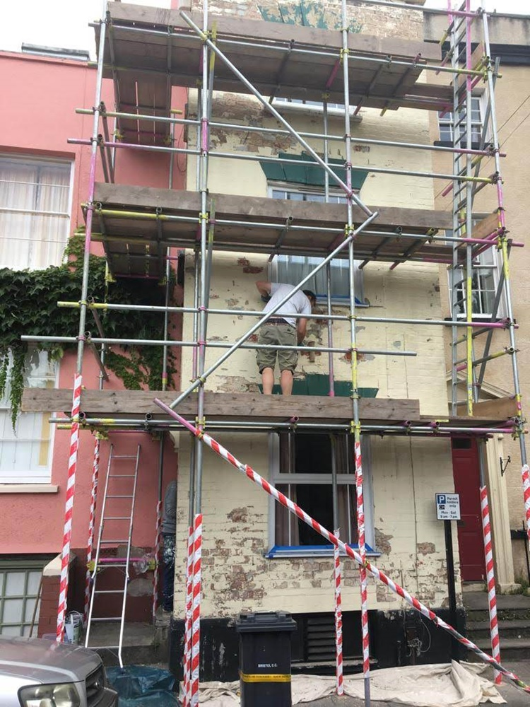 Repair exterior render on huse Clifton Wood